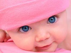look at those eyes.. (: