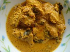 The Weekend Epicurean: Raw Mango Chicken Curry