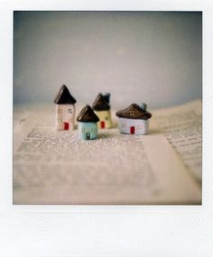 //mini houses made with clay