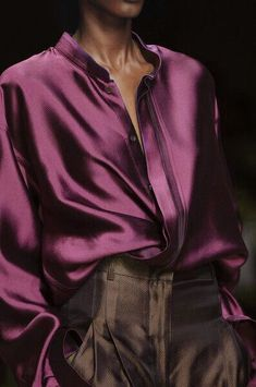 Haider Ackermann at Paris Fashion Week Spring 2012 - Details Runway Photos Lila Outfits, Purple Outfits, Pantone, Spring Fashion, Paris Fashion, Fashion Fashion, Fashion Weeks, Runway Fashion, High Fashion