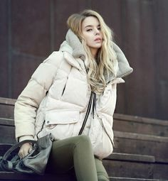 handmade  Womens Winter coat fur collar  Hooded 90 by swanstore, $79.99