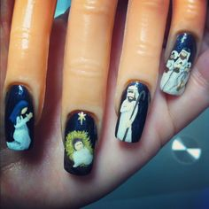 I painted nativity nails on my mannequin hand for school :) Holiday Nail Designs, Holiday Nail Art, Christmas Nail Art, Holiday Themes, Pretty Short Nails, Best Workwear, Special Nails, School Nails, Wintry Weather