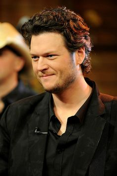 Meet a famous country singer (Blake Shelton) --bucket list #famous Shelton, Blake