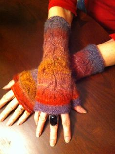 Fingerless Mitts for my mama By Crystal