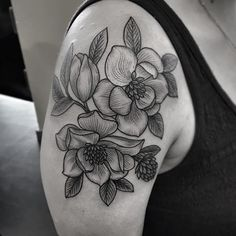 some magnolias. AUSTIN if you would like to get tattooed in the future you can email me jenniferlawestattoo@gmail.com thanks to everybody at @rockofagestattoo for always being wonderful hosts it's always a pleasure to visit, see you next time!
