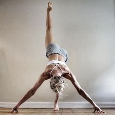 Yoga is a gentle and restorative way to wind down your day. A national survey found that over 55 of people who did yoga found that it helped them get better sleep. Over 85 said yoga helped reduce Pranayama, Alo Yoga, Hatha Yoga, Yoga Flow, Yoga Meditation, Yoga Inspiration, Fitness Inspiration, Yoga Fitness, Health Fitness