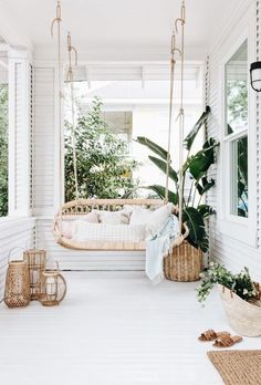 Outdoor Ideas For a Small Space: Create a Patio Lounge for Entertaining 3 Enthusiastic Cool Tips: Home Decor Wall Dollar Stores home decor ikea makeup storage.Home Decor On A Budget Contemporary home decor ikea makeup storage.Home Decor Cozy Small. Home Interior, Interior Design, Modern Interior, Boho Chic Interior, Apartment Interior, Apartment Design, Apartment Ideas, Patio Swing, Balcony Swing