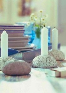Enchant your guests with a sea inspired table setting and get some amazing ideas for your beach themed party or wedding. Turquoise, white and navy blue Sea Urchin Shell, Sea Urchins, Sea Shells, Salt Dough Crafts, Shell Crafts, Beach House Decor, Beach Themes, Candlesticks, Accent Decor