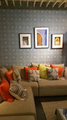 Colour combinations with wallpaper