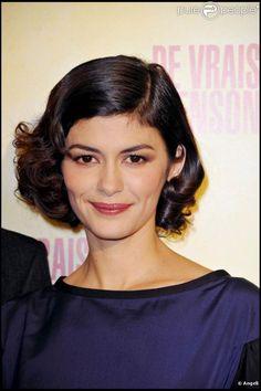 Audrey Tautou à l'occasion de l'avant-première de De vrais mensonges , dans l'enceinte du Gaumont Opéra, à Paris, le 29 novembre 2010.