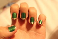 More my kind of ability level - just add a bit of black, maybe. Loki nail art, via Tumblr