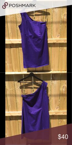 GAP purple one shoulder dress. Purple dress, 97% cotton 3% spandex. Shoulder is on the right side and zipper is on the left side. GAP Dresses One Shoulder
