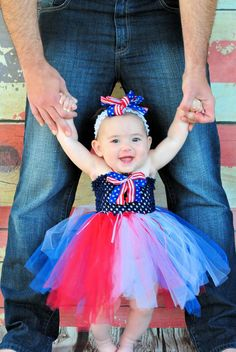 Hey, I found this really awesome Etsy listing at http://www.etsy.com/listing/113966541/patriotic-4th-of-july-tutu-dress-and