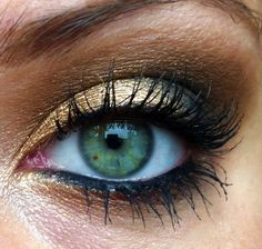 golden brown smokey eye