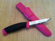 Mora Companion Knife MAGENTA PINK Stainless Steel Sweden FT CAMPING FT 13389
