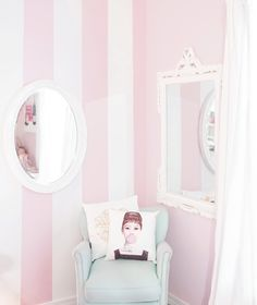 So excited to finally reveal to you something so pretty & pink with @HGTVHOMEbySW in the latest post on the blog ✨ Head to jadorelexiecouture.com to see! #HGTVHOMEbySW #Sponsored #pinkstripes
