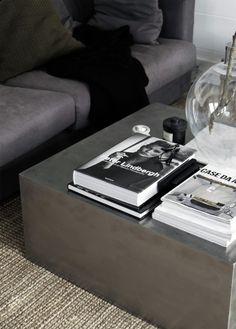 http://stilinspiration.elledecoration.se/the-metal-podium/