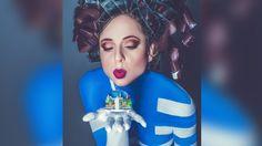 """So macht Sandra von Ruffin Werbung für das Filmfestival   Johny Dar's creative direction and body art for Hellas Filmbox Berlin-  with Sandra von Ruffin #johnydar #hellasfilmbox #bodypainting """"Hellas Filmbox Berlin"""""""