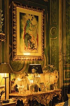 the magnificent apartment of Count and Countess Hubert and Isabelle d'Ornano, founders of the brand Sisley perfume and cosmetics in one of the most beautiful buildings of the Quai d'Orsay in Paris   comtesse d'ornano salon 4