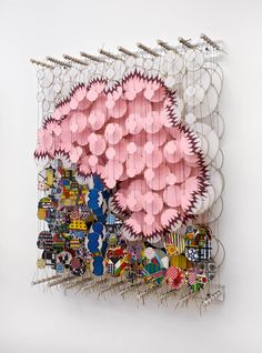 Jacob Hashimoto amazing wall art sculpture installation of paper or ceramic Modern Art, Contemporary Art, Instalation Art, Art Sculpture, Art Plastique, Oeuvre D'art, Textile Art, Fiber Art, Amazing Art