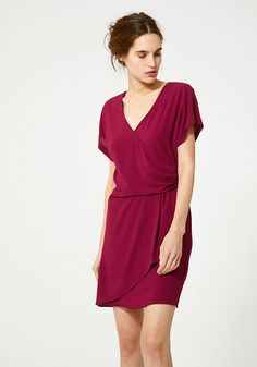 Gedrapeerde jurk in crêpe Wrap Dress, Jumpsuit, Blouses, Elegant, Spring, Dresses, Coaching, Fashion, Draped Dress