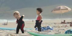 """Der Wasserhersteller Evian startet den Sommer miteiner""""Live Young"""" Kampagne. Der erste Cliphierzu wurde kürzlich mit dem Titel """"Baby Bay"""" veröffentlichveröffentlicht. Das Video wurde wirklich aufwendig produziert und istnettanzusehen!"""