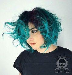 Astonishing Turquoise Hair Shades!