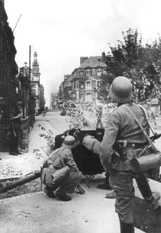 """panzerbekampfer: """"7,5 cm Pak 97/38 Covering a Street in Dieppe, France During the Allied Landing - 19.8.1942 """""""