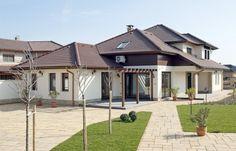 Modern átirat Dream Home Design, House Design, Mansions, House Styles, Outdoor Decor, Home Decor, Nice Houses, Facades, Bonito