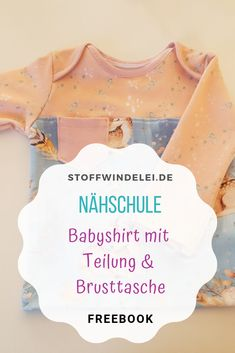 NÄHSCHULE: Gratis Schnittmuster für ein Baby Shirt mit Teilung & Brusttasche – so geht's ganz leicht & schnell! Kostenfreie Schritt für Schritt Anleitung / Freebook . . #babyshirt #nähschule #nähenlernen #lernen #nähen #baby #babykleidung #einfach #kinder #freebook #anleitung #kostenfrei #kostenlos #schrittfürschritt #diy #gratis #schnittmuster #schnell Sewing Patterns Free, Free Sewing, Sewing School, Baby Shirts, Step By Step Instructions, Projects To Try, Breast, T Shirts For Women, Pocket