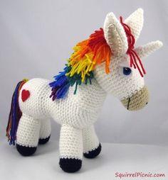 Rainbow Donkey / Unicorn Free Crochet Pattern by Squirrel Picnic, amigurumi, stuffed toy, #haken, gratis patroon (Engels), ezel, paard, pony, eenhoorn, knuffel, speelgoed, #haakpatroon