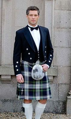 Scottish sweethearts in kilts fourway nail