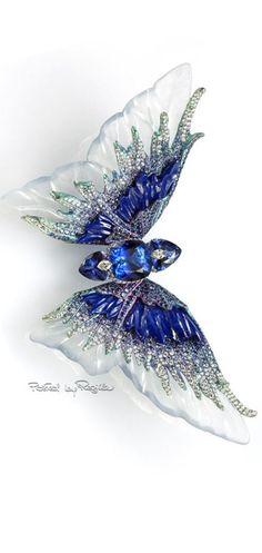 Jeweled in Sapphires Butterfly Regilla ⚜ Una Fiorentina in California