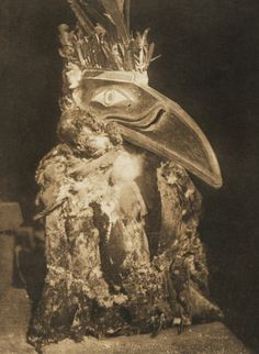 A member of the G̱usgimukw nation, one of the Kwak'wala-speaking nations of the Pacific Northwest, portrays Kwahwumhl (raven). The raven is seen as a benevolent trickster that can transform its shape at will. Photo by Edward S. Native American Images, Native American Indians, Arte Haida, Haida Art, Edward Curtis, Bird Costume, People Of The World, Native Art, Best Face Products