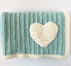 Crochet Modern Mint Throw - Daisy Farm Crafts Free Crochet Pattern