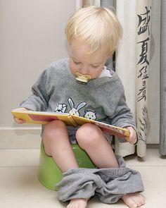 Mijn motivatie om iets over zindelijkheid te schrijven: Wij (kleuterleidsters) merken dat peuters meer en meer met pampers het klasje betreden. In een instapklas zitten ze meestal met velen. We hebben dikwijls hulp van een kinderverzorgster, maar ook niet elke dag! Maar ook bij de 3-jarigen, dus in de eerste kleuterklas, merken we dat er kleuters met pampers komen. Een driejarige kleuter moet al veel andere dingen leren tijdens dat schooljaar en zindelijkheidstraining kan er niet meer bij…
