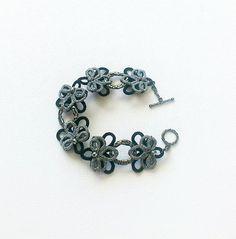 Negro y plata del cordón pulsera ropas de la pulsera por LaceLounge