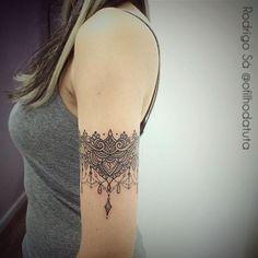 ideas for tattoo arm band lace ink Armband Tattoos, Arm Tattoos, Body Art Tattoos, Sleeve Tattoos, Tatoos, Cover Tattoo, S Tattoo, Henna Arm Tattoo, Jagua Tattoo