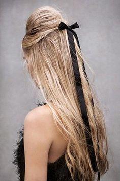 Schnelle Frisuren: So spart ihr Zeit vor dem Spiegel www.gofeminin.de #hair #blonde