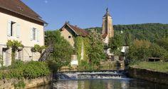 Cuisance et église Saint-Justgg Jura