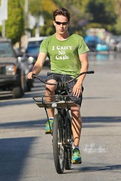 Stephen Moyer was seen with his trainer working out at his gym in LA. After his exercise he does more by riding his bike for a bit more cardio