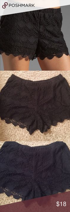 Ella Moss Lace Shorts Adorable!!! Can be worn so many ways! Got so many compliments when wearing them, great condition!! Smoke free home! I consider every offer  Ella Moss Crochet Scalloped Shorts Lace Ella Moss Shorts