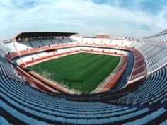 The Ramón Sánchez Pizjuán stadium is located on Avenida Eduardo Dato, in the district of Seville called Nervión. Sevilla FC stadium is well connected with the rest of the city so you can get easily to it using several public transports.