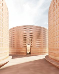 The Quell, Linda Hutchins – Beta Architecture Brick Facade, Brick Wall, Rammed Earth Wall, Concrete Footings, Homemade Modern, Brick Architecture, Contemporary Architecture, Curved Walls, Light Well