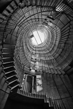 apparently i love a spiral staircase