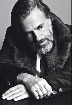 Christoph Waltz. Absolute brilliant actor! :)