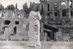 Rome, Headless Statue, c. 1953-1955 - Lisette Model