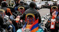 Al 100 aniversario del genocidio en moto