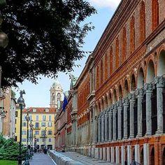 Da via Festa del Perdono lo scatto di Andrea Sangalli  #milanodavedere Milano da Vedere