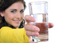 Csak úgy olvad a zsír ettől a fogyókúrás víztől! Gyomortisztító, haslapító kúra